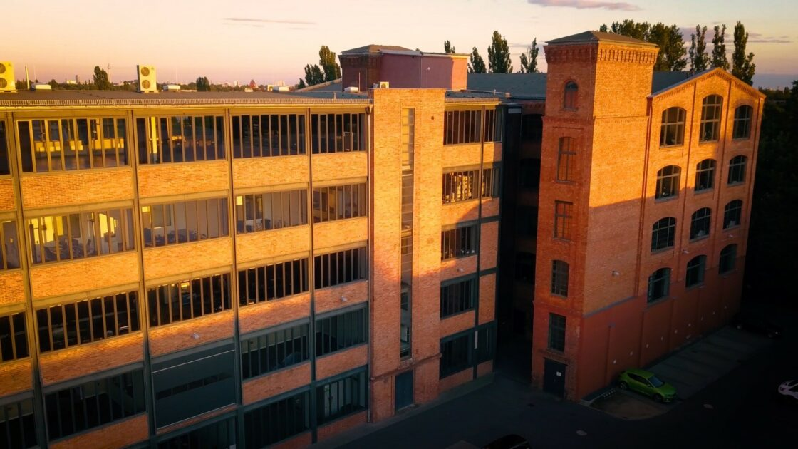 Zu sehen ist das HQ von TeamON