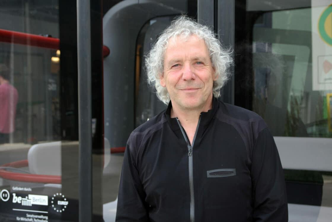 Zu sehen ist Professor Andreas Knie